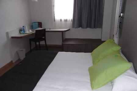 todo-el-lujo-de-arabia-saudita-en-el-al-yamamah-ofouq-villa-hotel.jpg