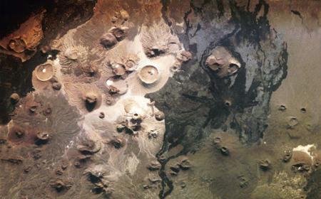 los-volcanes-de-arabia-saudita.jpg