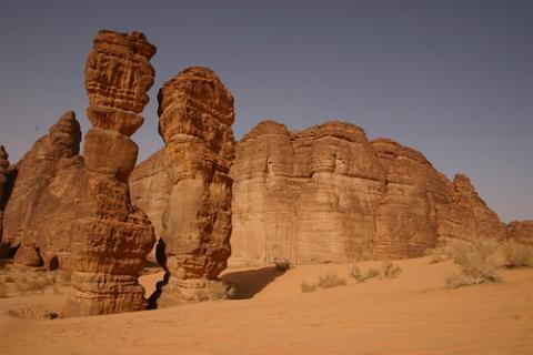 desierto-figuras.jpg